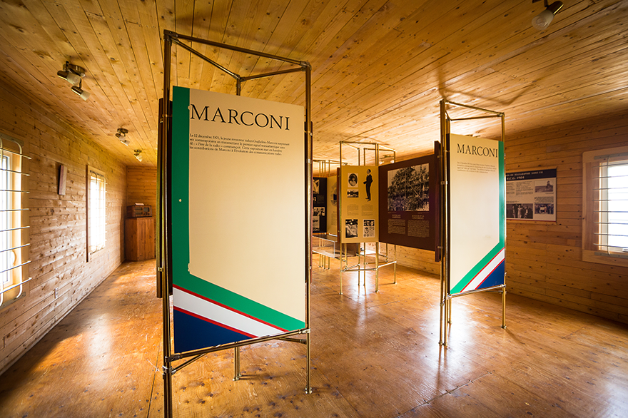 Panels presenting the exhibition Marconi